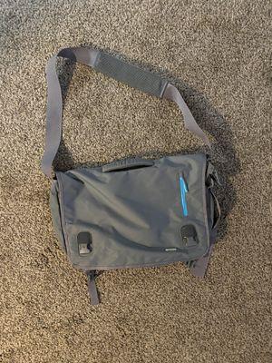 Incase Messenger Laptop Bag for Sale in Moreno Valley, CA