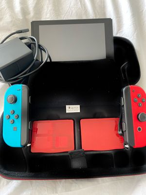 Nintendo Switch (Screen has Water Damage) for Sale in Chicago, IL