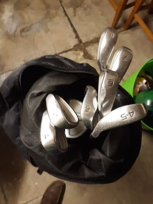 Golf clubs and bag for Sale in Jersey City, NJ