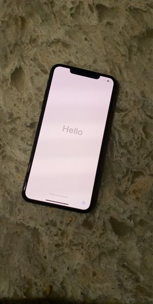 iPhone 11 Pro Max 256gb locked to At&T for Sale in Palm Beach Shores, FL