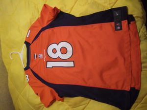 Denver Broncos jersey for Sale in Tupelo, AR