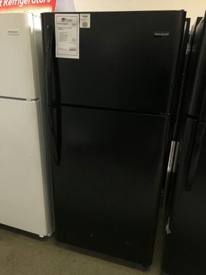 New Frigidaire Black 18 CuFt Top Freezer Refrigerator 1 Year Manufacturer Warranty Included for Sale in Gilbert, AZ