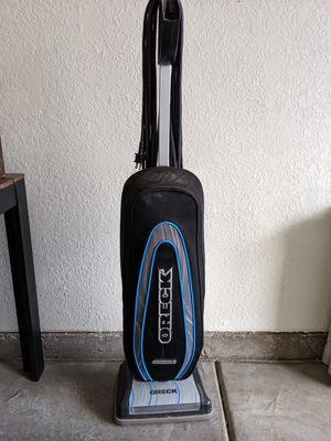 Oreck XL Vacuum and 4 New Bags for Sale in Mesa, AZ