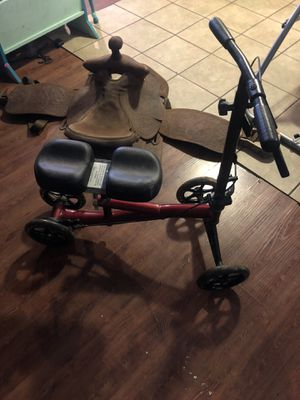 Knee scooter red guc for Sale in Dry Prong, LA