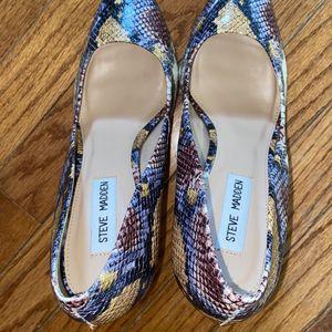 Steve Madden Sandals 9.5 for Sale in Grayson, GA