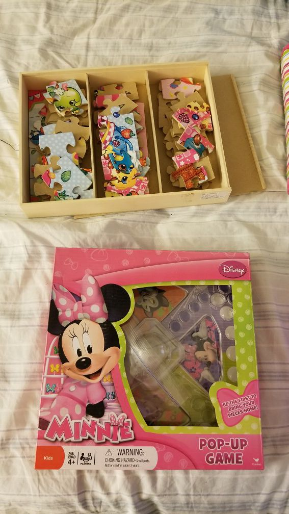 Shopkins puzzle pack and minnie game