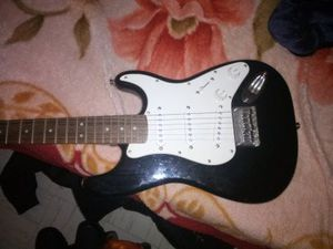 Squier mini strat🎸 electric 🎸 left hand for Sale in Los Angeles, CA
