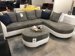 Round Chaise Sectional Sofa for Sale in Miami Springs, FL