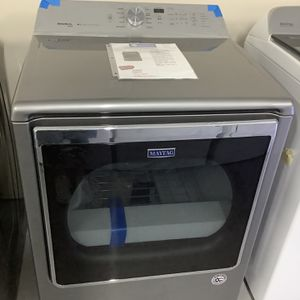 Maytag Extra Large Capacity Dryer for Sale in Pompano Beach, FL