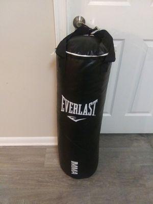 Everlast boxing punch bag for Sale in Laurel, MD