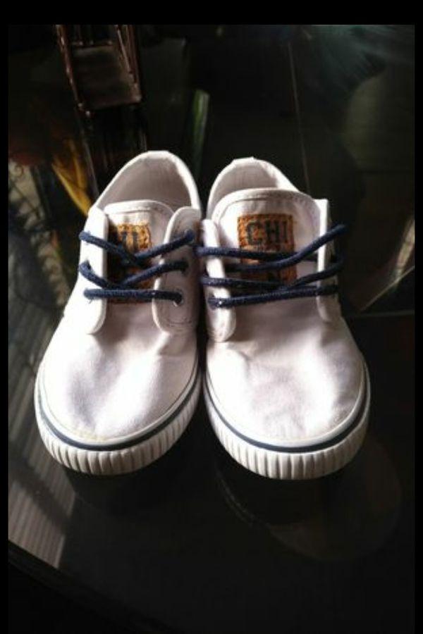 Boys Gymboree white shoes