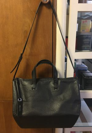 Calvin Klein large tote bag with shoulder strap for Sale in Columbus, OH