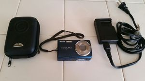 Nikon Coolpix S550 Digital Camera with Case and Battery Charger for Sale in Patterson, CA