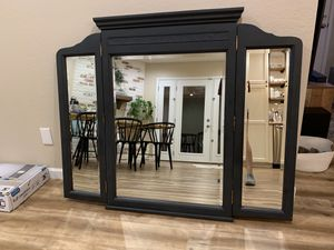 Antique mirror for Sale in Paradise Valley, AZ