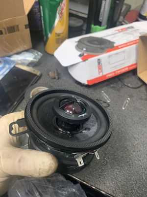 Skar audio and DS 18 tweets for Sale in North Chicago, IL