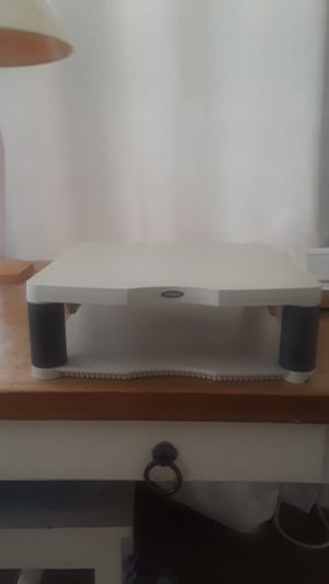Fellowes computer/monitor stand/riser for Sale in Los Angeles, CA