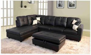 Black faux leather Sectional with ottoman ( new ) for Sale in Hayward, CA