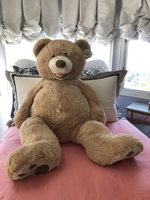 53 inch giant Teddy Bear for Sale in Santa Fe Springs, CA