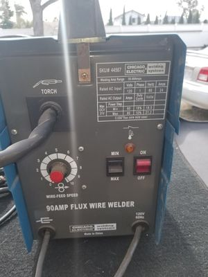 chAMP FLUX WIRE WELDER for Sale in Fontana, CA