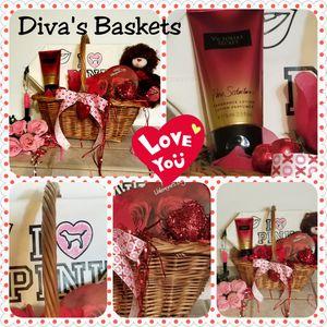 Victoria Secret Seduction Valentine Gift for Sale in Laredo, TX