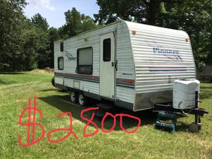 2003 Pioneer Camper for Sale in Conroe, TX