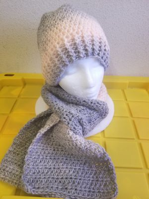 Crochet hat and scarf set for Sale in Arlington, TX