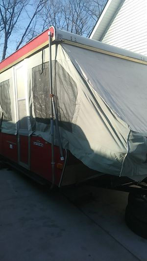 1974 popup camper for Sale in Southfield, MI