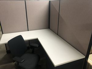 "HM office cubicles 5' 5'x5'6"" for Sale in Houston, TX"