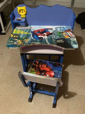 Kids computer desk/ homework desk for Sale in San Leandro, CA