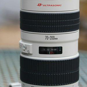 Canon 70-200mm F2.8L USM lens for Sale in Dallas, TX