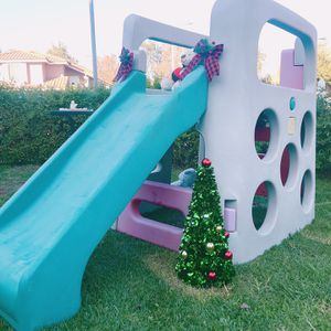 Kids Playhouse Slide And Climb for Sale in Montclair, CA