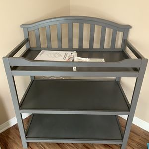 Sorelle Berkeley Changing Table for Sale in Ontario, CA