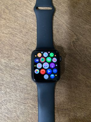 Apple Watch series 4 44mm for Sale in South Gate, CA