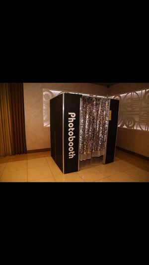 Photo Booth for Sale in Los Angeles, CA