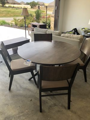 Star Furniture, four seat breakfast table for Sale in Austin, TX