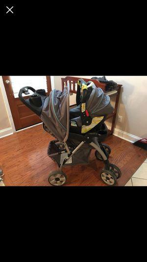 Eddie Bauer stroller and car seat w/ base for Sale in Lafayette, LA
