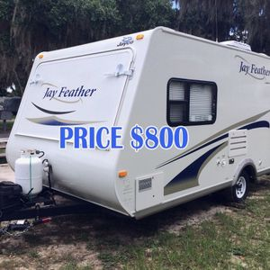 This 2O1O jayco is Really comfortable, for Sale in Arlington, TX