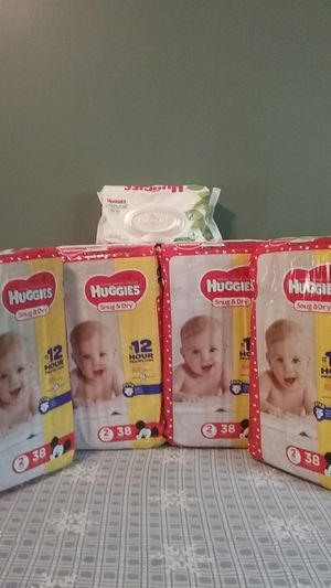 Huggies Snug & Dry size 2 and huggies wipes for Sale in Attleboro, MA