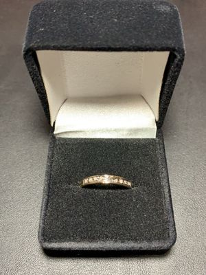 10k gold diamond band ring for Sale in Clackamas, OR