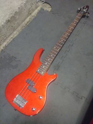 Bass Guitar: Rogue SX-100B for Sale in Philadelphia, PA