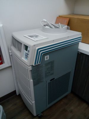 MovinCool Air Conditioner-brand new for Sale in Alameda, CA