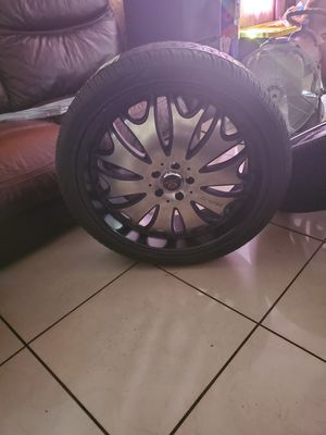22 inch rims with brand new tires for Sale in Winter Haven, FL