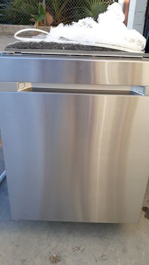 Samsung Stainless Steel Dishwasher for Sale in Pico Rivera, CA