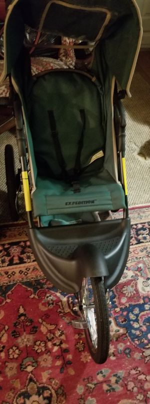 Baby Trends Expefition jogging stroller for Sale in Cumming, GA