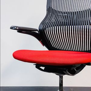 GENERATION by KNOLL - Adjustable Designer Office Chair (retail $750) for Sale in Denver, CO