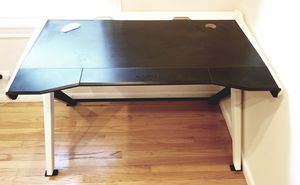 Gaming Desk Computer Desk retail over $400 for Sale in Chicago, IL