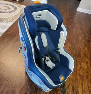 Car Seat, Chicco NextFit ZIP Convertible. for Sale in Rockville, MD