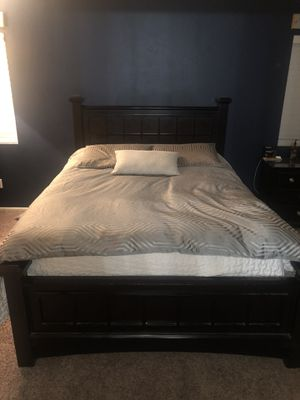 Complete Bedroom set for Sale in Fontana, CA