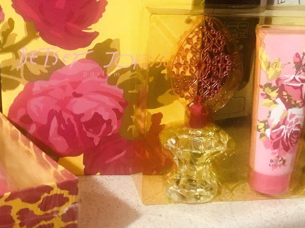 Betsy Johnson perfume and lotion set