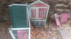 Rabbit/Chicken Hutch for Sale in Cary, NC